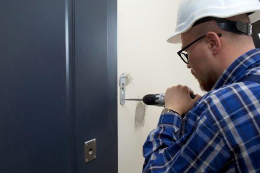インターホンの工事の相場と費用を抑える方法