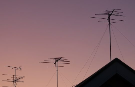 アンテナが台風の影響を受けたらどう対処したらよいの?