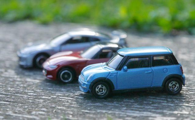 電気自動車(EV車)は充電用コンセントが必要。手順や補助金について