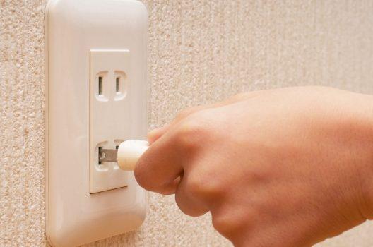 風呂換気扇の交換は自分でできる?交換タイミング、種類や費用も解説