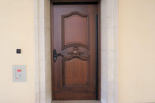 玄関まわりにコンセントを設置すると…