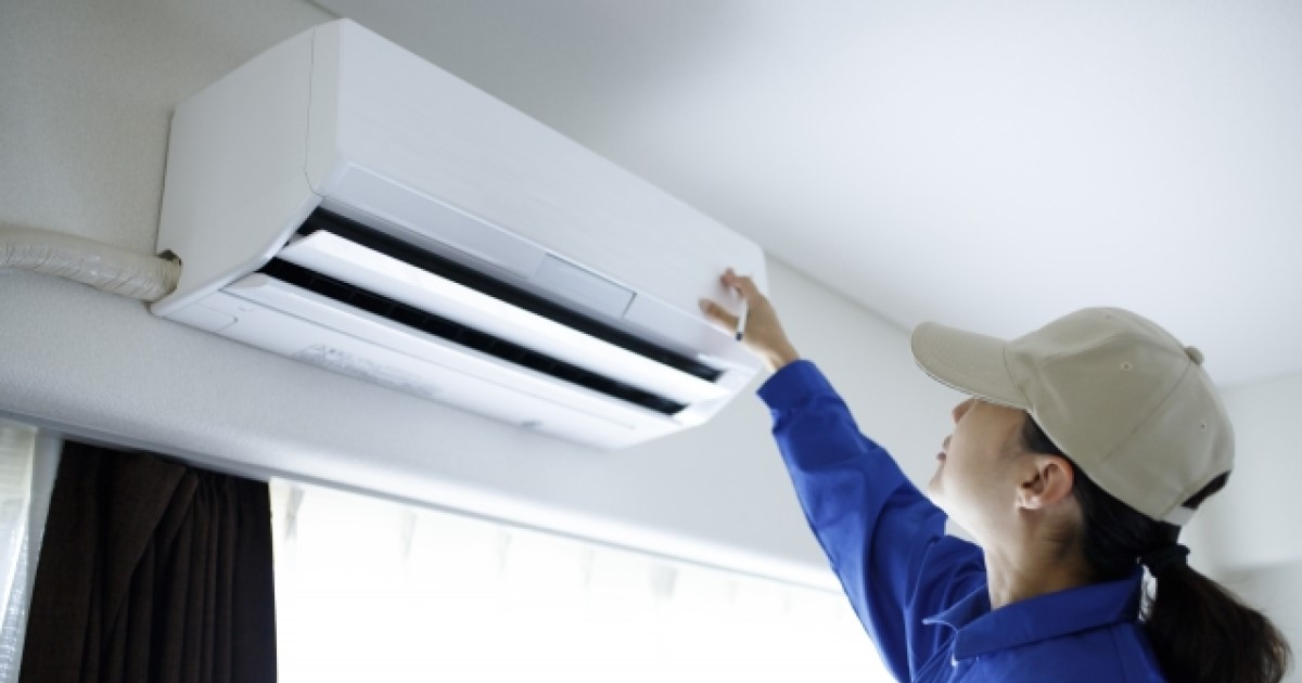 エアコンの取り付けをお得に!業者の選び方や工事の費用を確認しよう