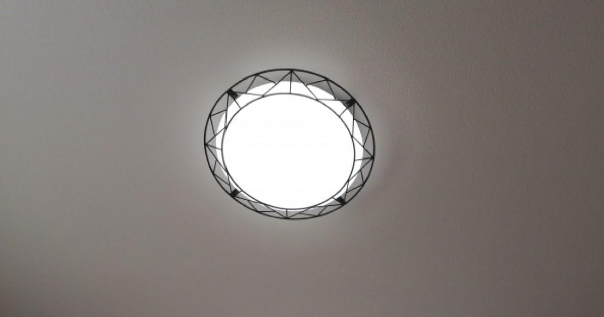 シーリングライトの自力交換|蛍光灯からLEDへ?メリットと注意点