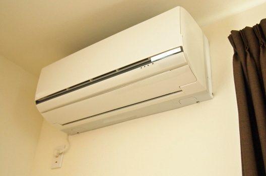 新しくエアコンを取り付けるときの費用相場