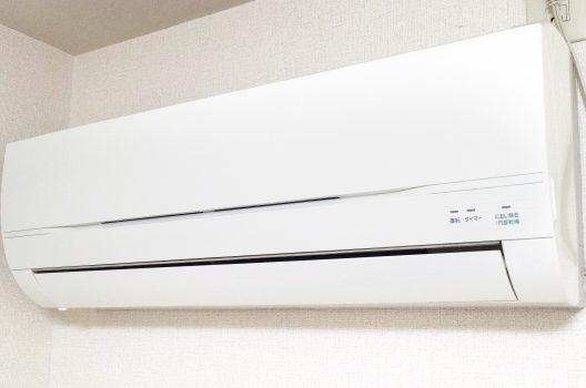 エアコンの修理にかかる費用相場