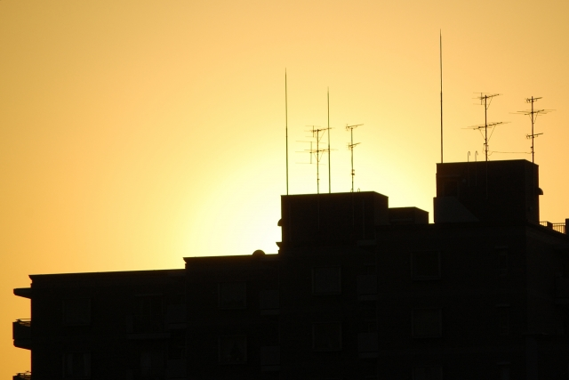 VHFとUHF|VHFアンテナではテレビは見れない!?特徴・利点
