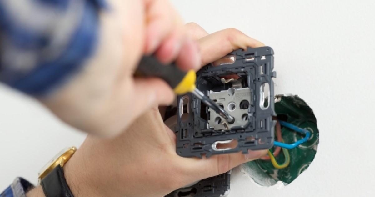 電気配線はDIYできる?屋内配線の仕組みを知って理想の配線を